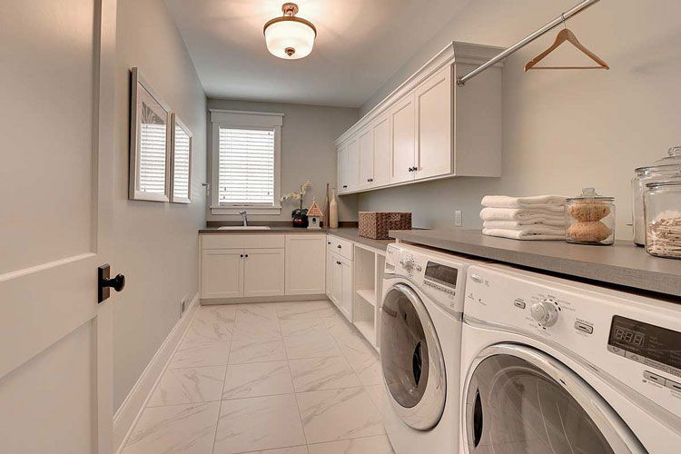 prepare your home for sale laundry room
