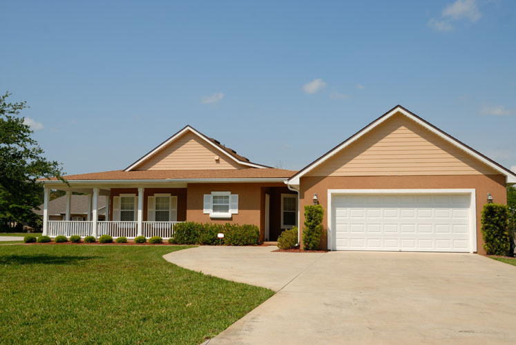 prepare your home for sale front yard